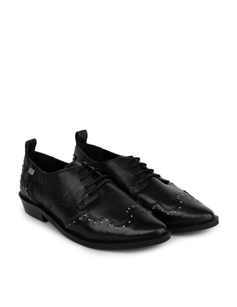 zapatos tachuelas mujer negros
