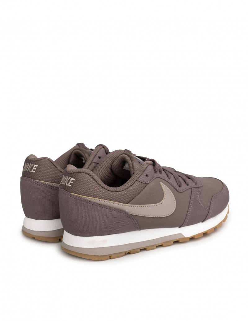 zapatillas nike md runner moradas