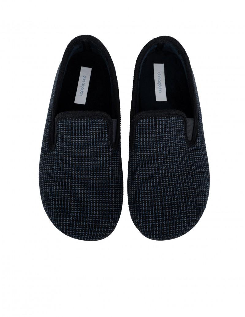 Zapatillas de Casa Cerradas Cuadros