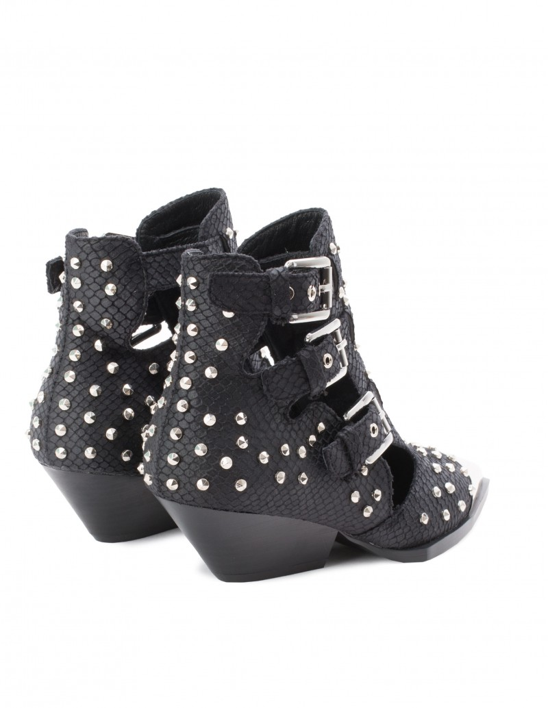 botines cut out con hebillas