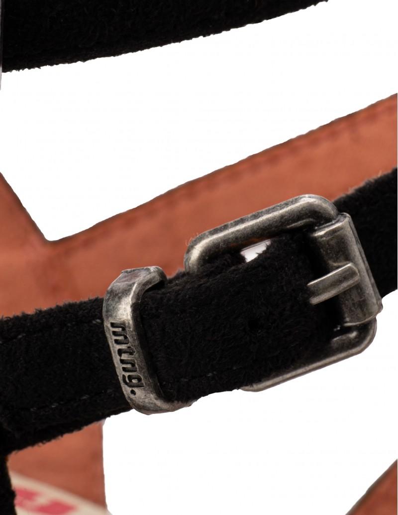 sandalias tiras negras Mustang