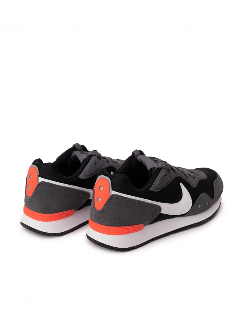 Zapatillas Nike Venture Grises