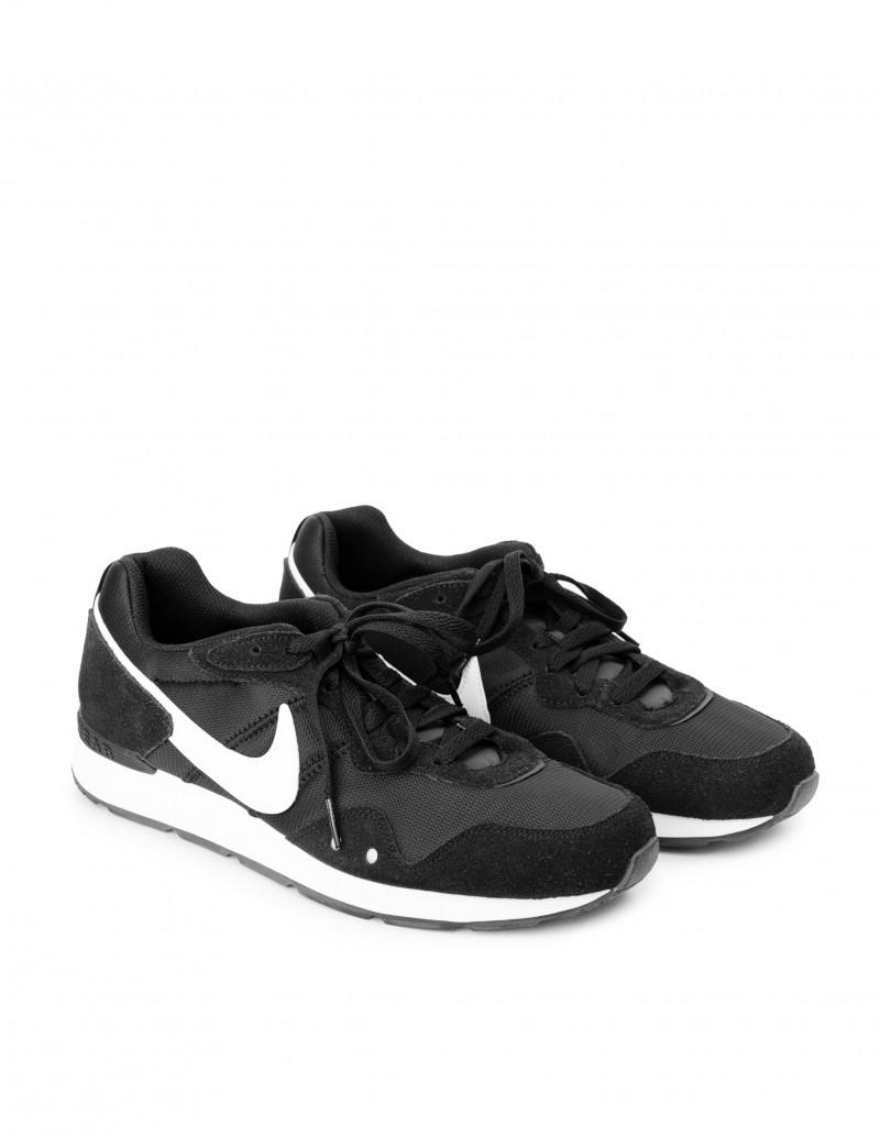 Nike venture runner hombre negro
