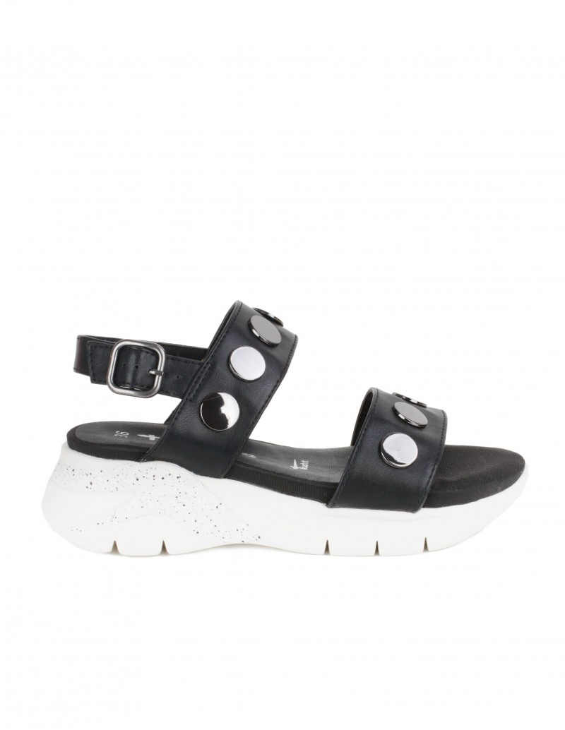 sandalias deportivas tachuelas negras