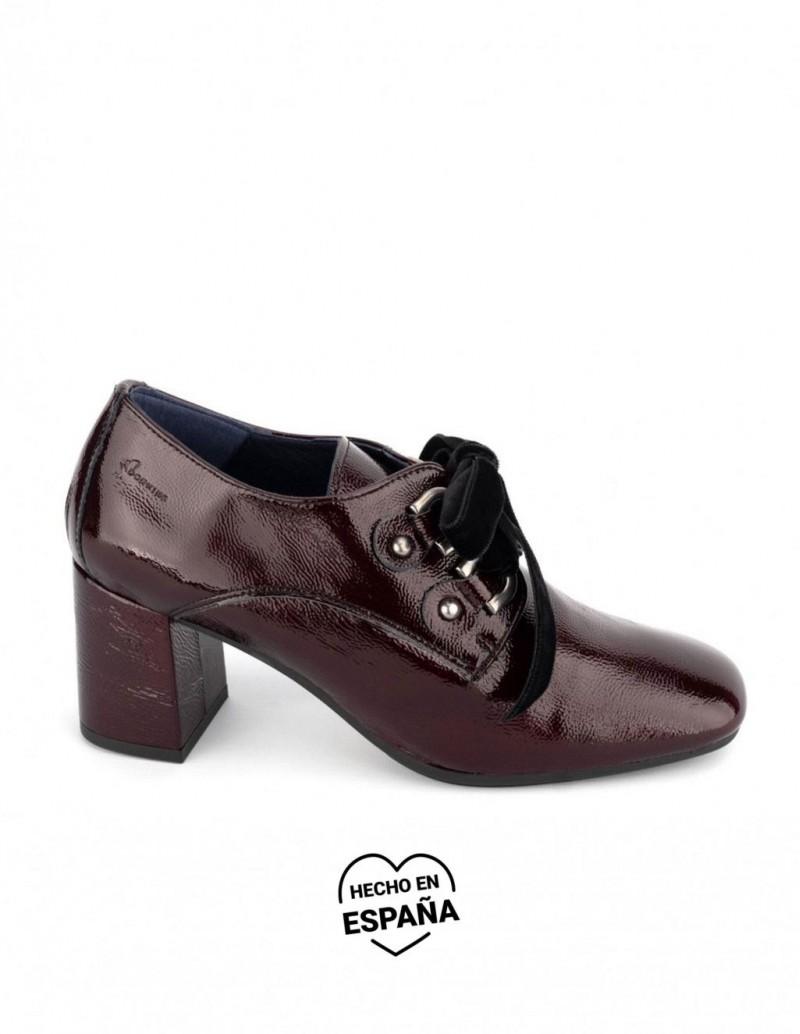 DORKING BY FLUCHOS Zapatos Tacon Charol Burdeos