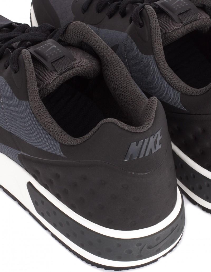 Deportivo Nike Nightzgazer LW