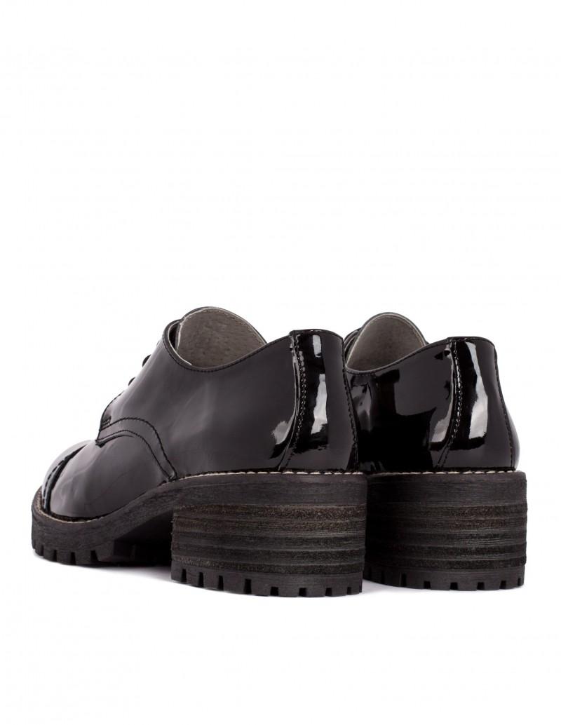 Zapato Salonissimos tacón madera charol