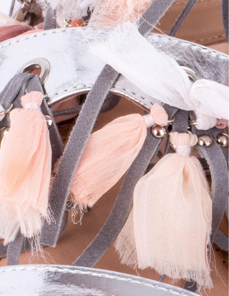 sandalias-planas-adornos-tela-gioseppo