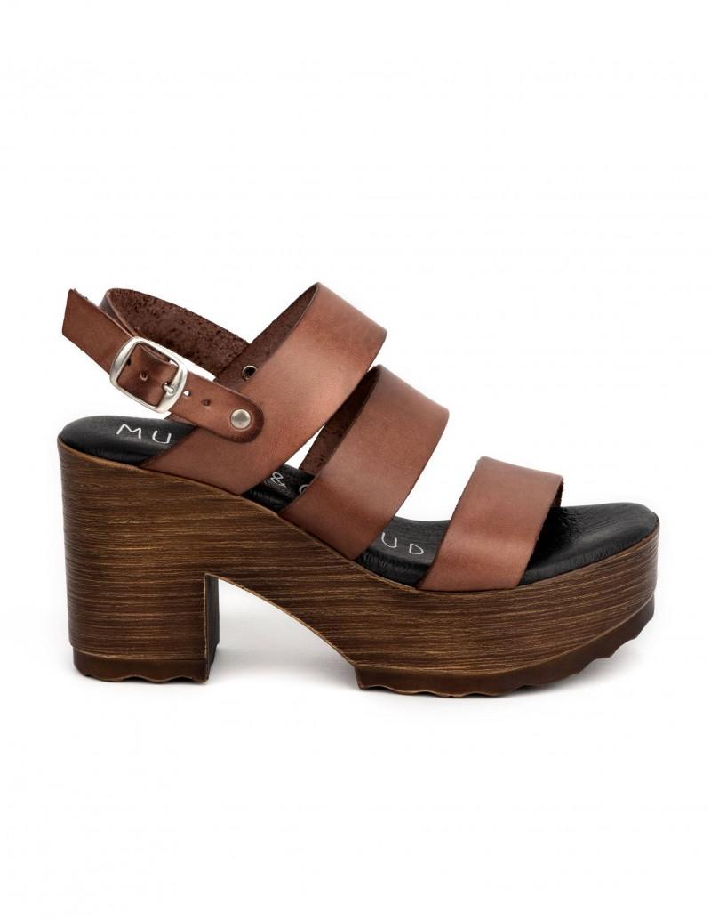 sandalias tacon madera piel