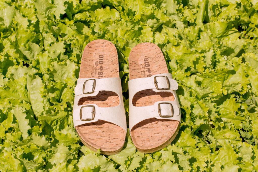 sandalias veganas que cuidan el planeta